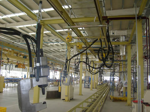 油压铆接机生产线装配