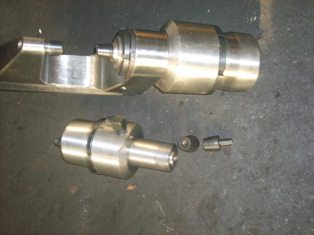 液压铆接机铆钳油缸配件价格优惠