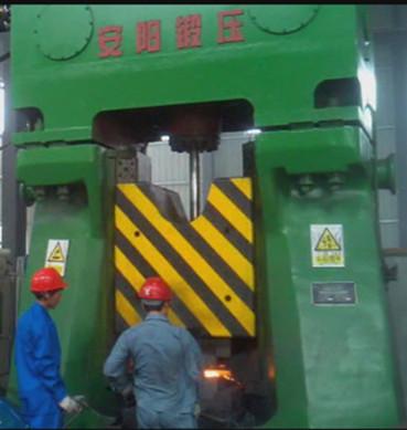 数控模锻锤视频-80kj数控模锻锤在昆山yabo亚博体育机车零件