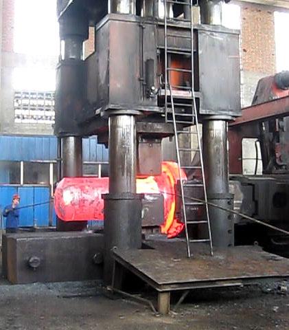用户使用视频-4000吨自由yabo亚博体育油压机在客户使用