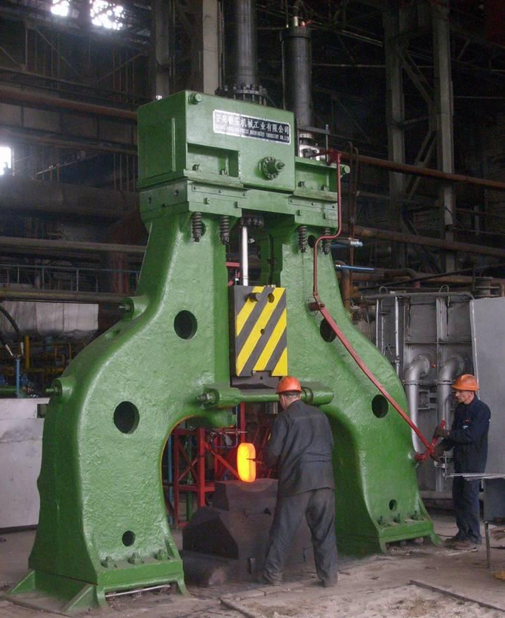 2吨自由锻电液动力头在俄罗斯使用