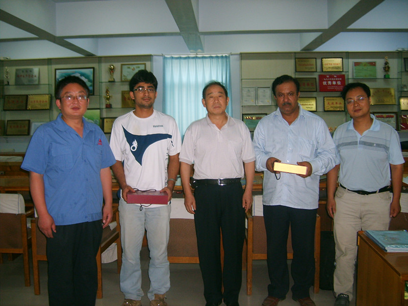 亚洲-印度自由锻电液锤客户来访