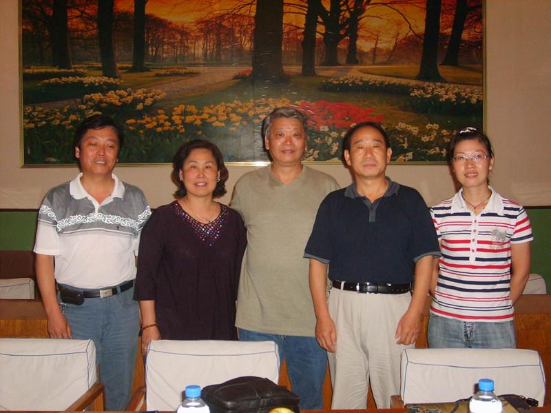 亚洲-台湾C41yabo亚博体育空气锤客户来访