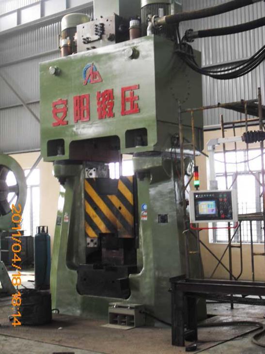 数控锤客户案例-50KJ数控全液压模锻锤出口到缅甸