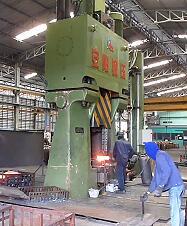 数控模锻锤视频-100KJ数控锤出口泰国yabo亚博体育卡车配件视频