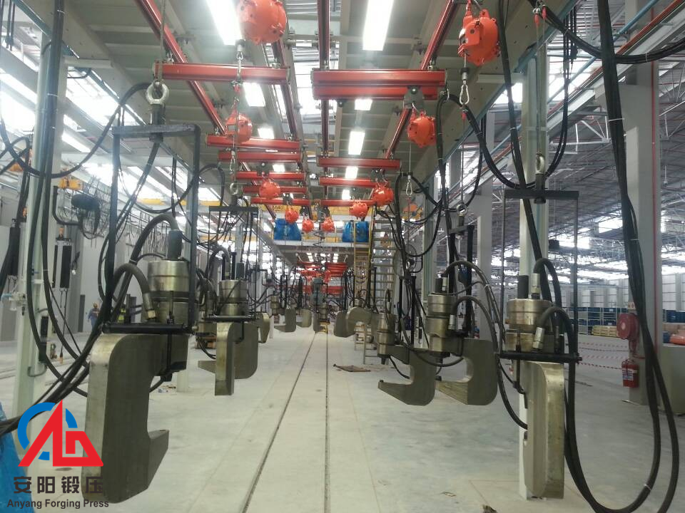 高速液压铆接机生产线出口南非