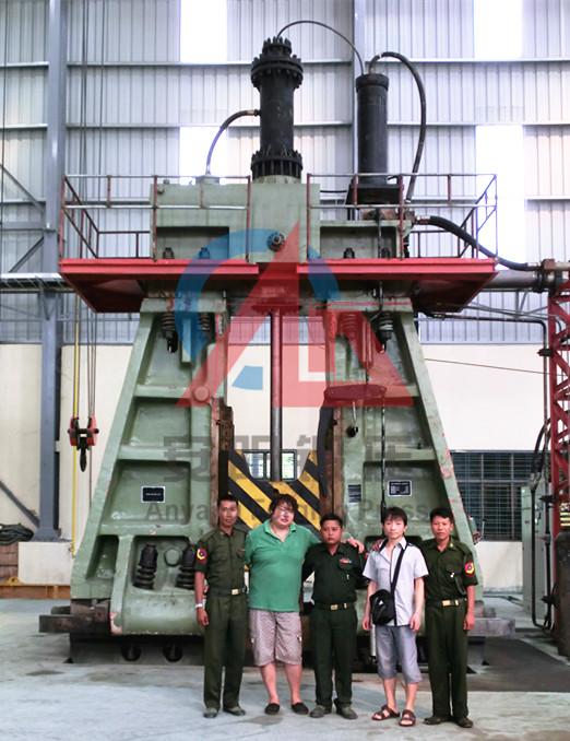 10吨模锻锤出口缅甸军工厂