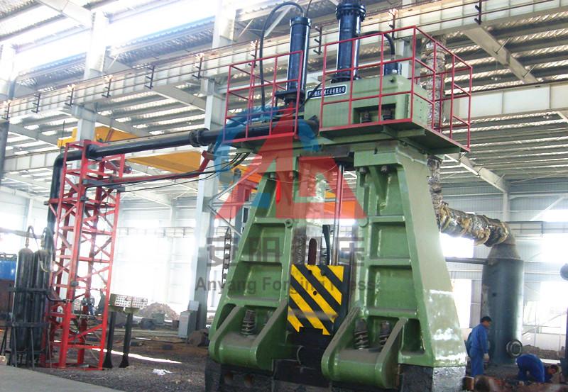 10吨模锻电液锤在林州重机yabo亚博体育煤机配件