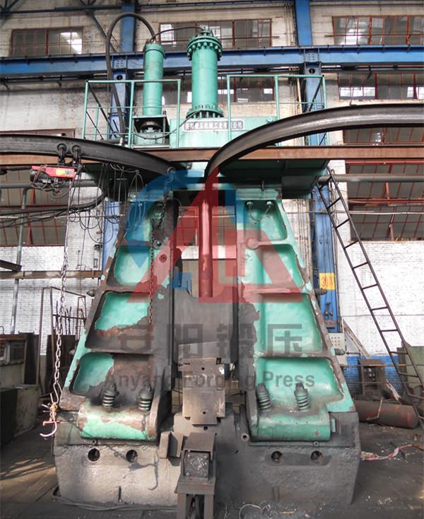 3吨模锻电液锤洛拖yabo亚博体育拖拉机锻件