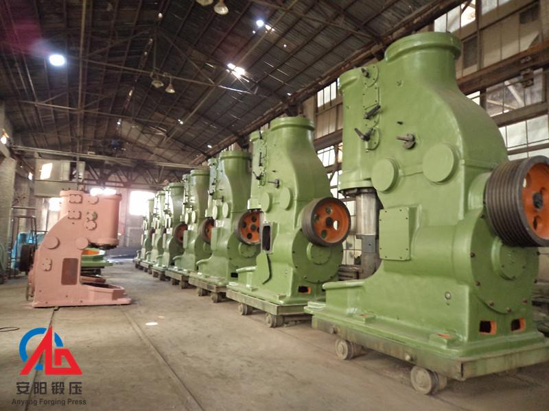 安阳锻压750KG空气锤准备出厂