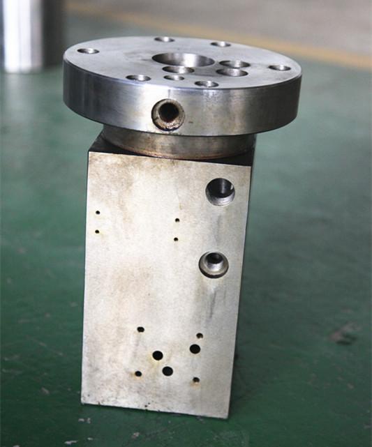 求购航空飞机刹车片制动蹄片车架投铆机配件增压缸供应