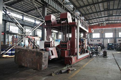 10吨重型yabo亚博体育操作机