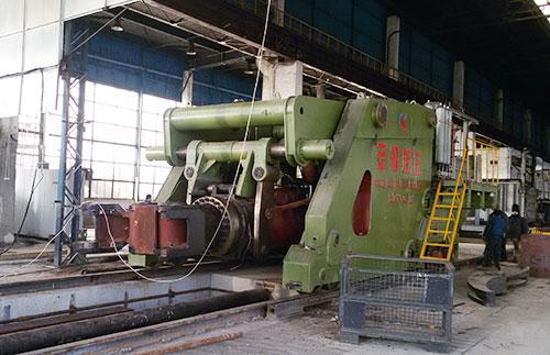 30吨全液压重型自由yabo亚博体育操作机在罗马尼亚