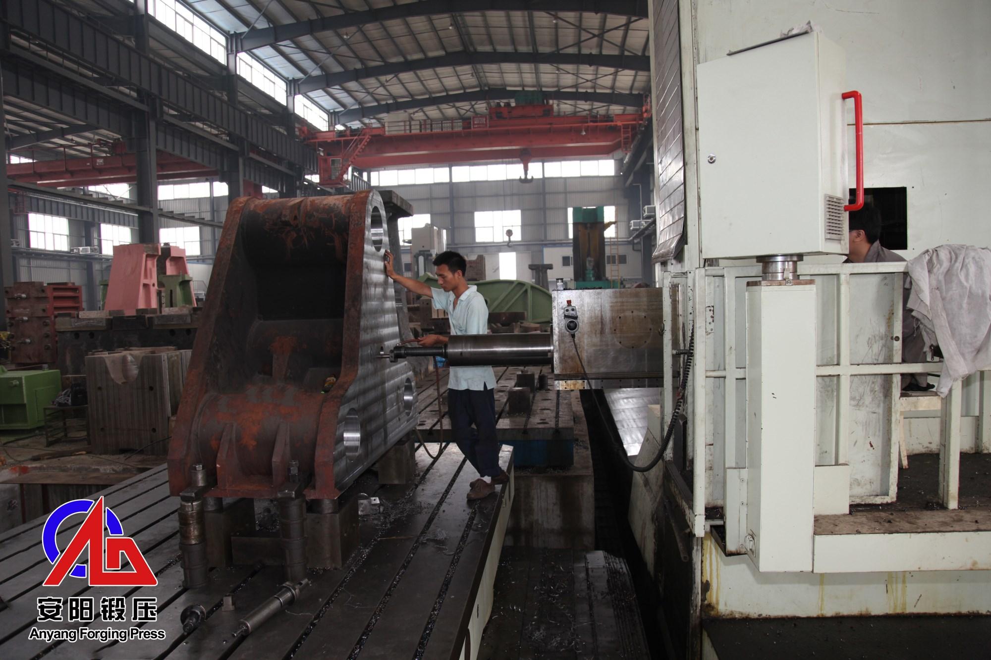 1000吨压块机加工