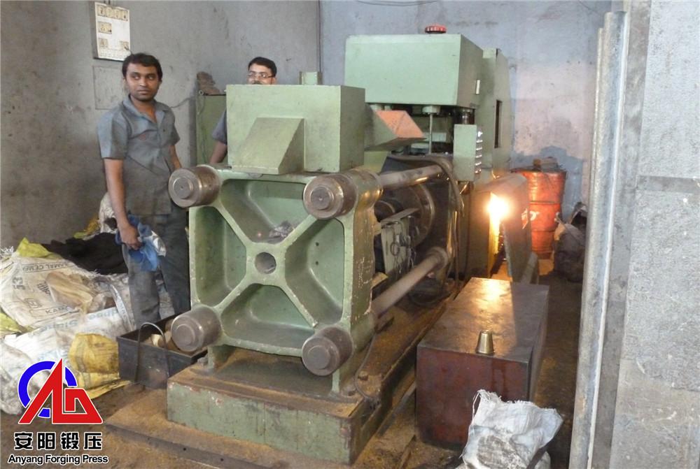 Y83-160金属屑饼机压铸铁屑